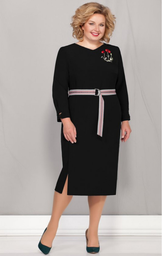 Ivelta 1715 - білоруське чорне повсякденне плаття