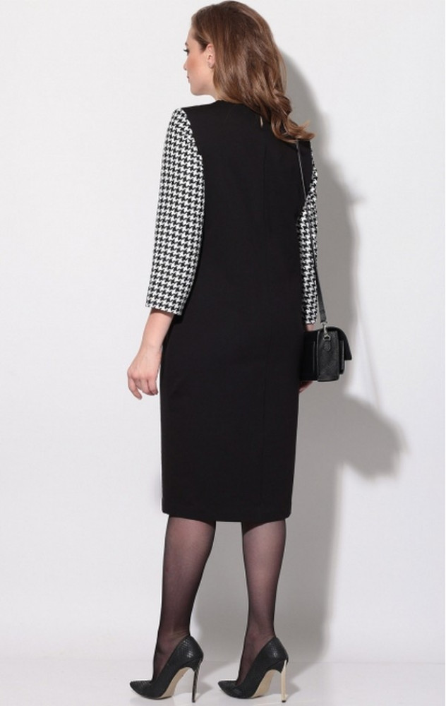 Трикотажна сукня Lenata 11141